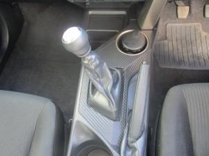Toyota RAV4 2.2D-4D GX - Image 15