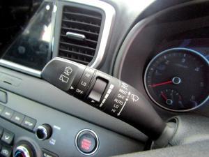 Kia Sportage 2.0 Crdi EX+ automatic - Image 24
