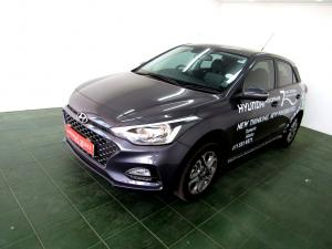Hyundai i20 1.4 Fluid automatic - Image 2