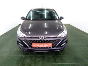 Hyundai i20 1.4 Fluid automatic - Image 3