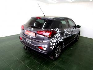 Hyundai i20 1.4 Fluid automatic - Image 5