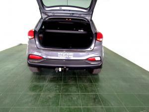 Hyundai i20 1.4 Fluid automatic - Image 9