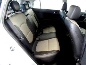Hyundai Creta 1.6D Executive automatic - Image 17