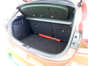 Kia RIO 1.4 TEC 5-Door - Image 13