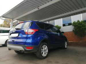 Ford Kuga 1.5T Ambiente auto - Image 3