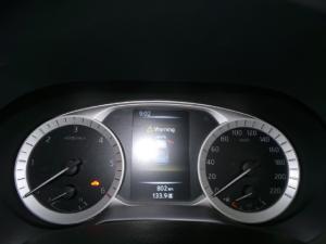 Nissan Navara 2.3D double cab 4x4 Stealth auto - Image 15