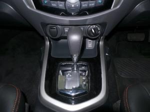 Nissan Navara 2.3D double cab 4x4 Stealth auto - Image 19