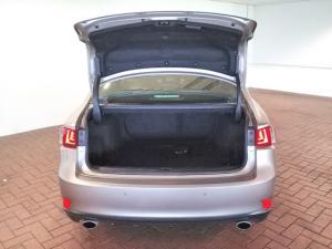 Lexus IS 350 F-Sport - Image 5