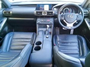 Lexus IS 350 F-Sport - Image 9