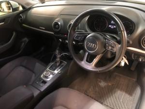 Audi A3 2.0 TDI Stronic - Image 6