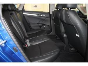 Honda Civic 1.8 Elegance CVT - Image 11