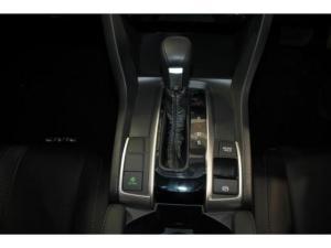 Honda Civic 1.8 Elegance CVT - Image 18