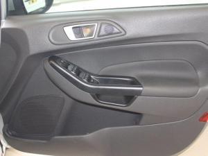 Ford Fiesta 1.0 Ecoboost Trend Powershift 5-Door - Image 11