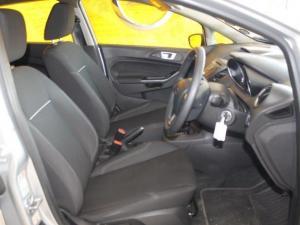 Ford Fiesta 1.0 Ecoboost Trend Powershift 5-Door - Image 12