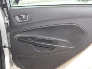 Ford Fiesta 1.0 Ecoboost Trend Powershift 5-Door - Image 14