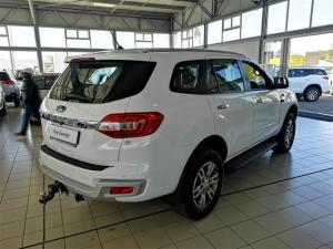 Ford Everest 3.2 TdciXLT automatic - Image 6