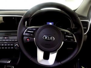 Kia Sportage 2.0 Crdi automatic - Image 11