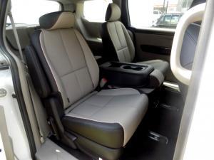 Kia Grand Sedona 2.2 Crdi SXL automatic - Image 30
