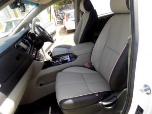 Kia Grand Sedona 2.2 Crdi SXL automatic - Image 6