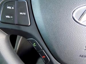 Hyundai Grand i10 1.0 Motion - Image 21