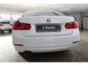 BMW 3 Series 328i - Image 10