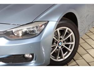BMW 3 Series 320d - Image 4