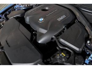 BMW 3 Series 320i - Image 10