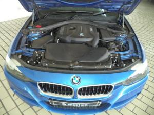 BMW 3 Series 320i - Image 12
