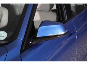 BMW 3 Series 320i - Image 5