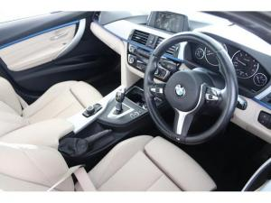 BMW 3 Series 320i - Image 6
