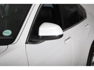 BMW X4 xDrive20d - Image 6