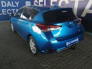 Toyota Auris 1.6 XS - Image 4