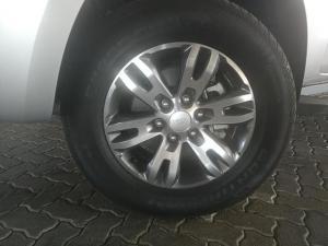 Ford Everest 3.2TDCi XLT - Image 6