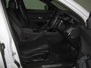 Jaguar E-Pace D240 AWD S - Image 17