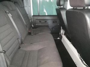Land Rover Defender 110 TD station wagon - Image 10