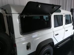 Land Rover Defender 110 TD station wagon - Image 8