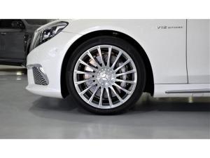 Mercedes-Benz S-Class S65 AMG L - Image 4
