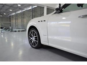 Maserati Levante Diesel - Image 3