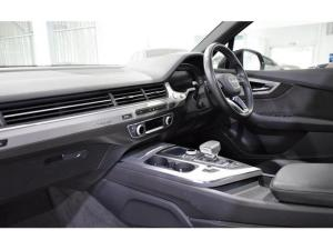 Audi Q7 3.0TDI quattro - Image 17