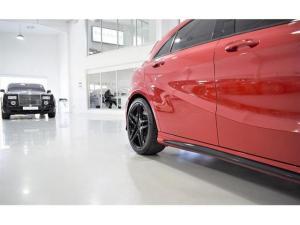 Mercedes-Benz A-Class A45 AMG 4Matic - Image 14