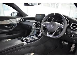 Mercedes-Benz C-Class C63 S coupe - Image 10