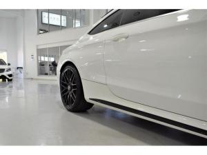 Mercedes-Benz C-Class C63 S coupe - Image 9