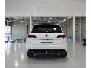 Volkswagen Touareg V6 TDI Executive R-Line - Image 16