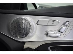 Mercedes-Benz C-Class C63 S - Image 11