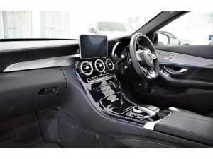 Mercedes-Benz C-Class C63 S - Image 16