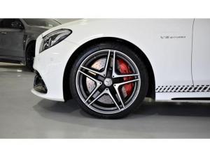 Mercedes-Benz C-Class C63 S - Image 4