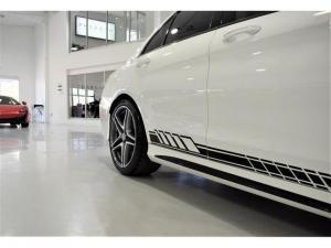 Mercedes-Benz C-Class C63 S - Image 9