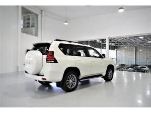 Toyota Land Cruiser Prado 3.0DT VX-L - Image 14