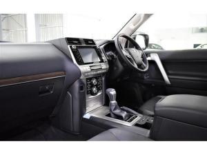 Toyota Land Cruiser Prado 3.0DT VX-L - Image 16