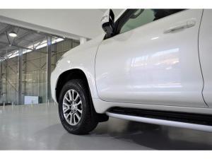 Toyota Land Cruiser Prado 3.0DT VX-L - Image 3